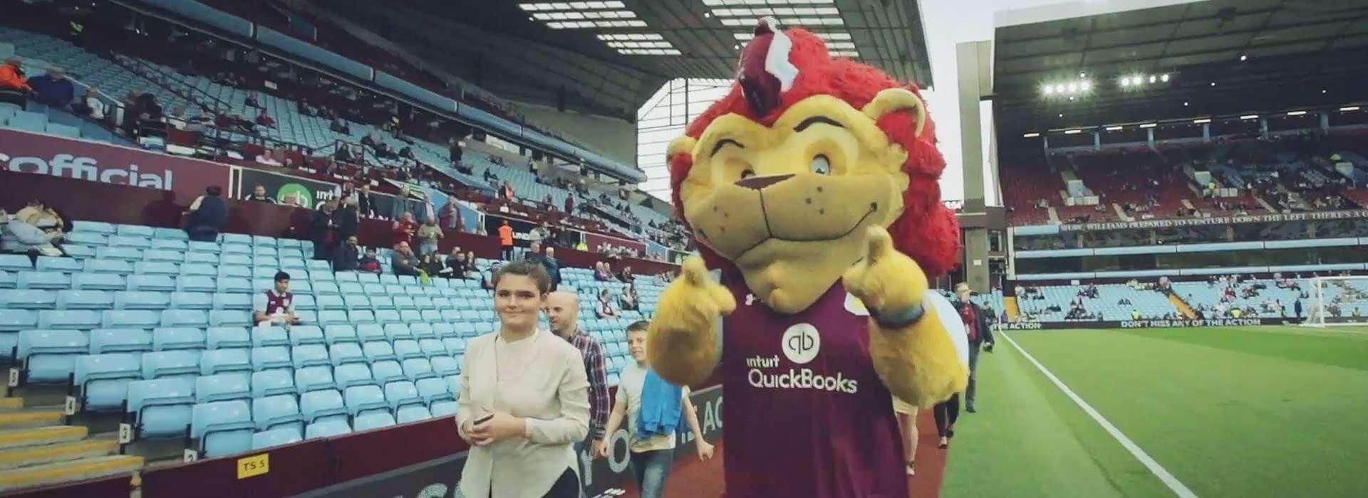 Bruce backs new signings to spark Villa revival