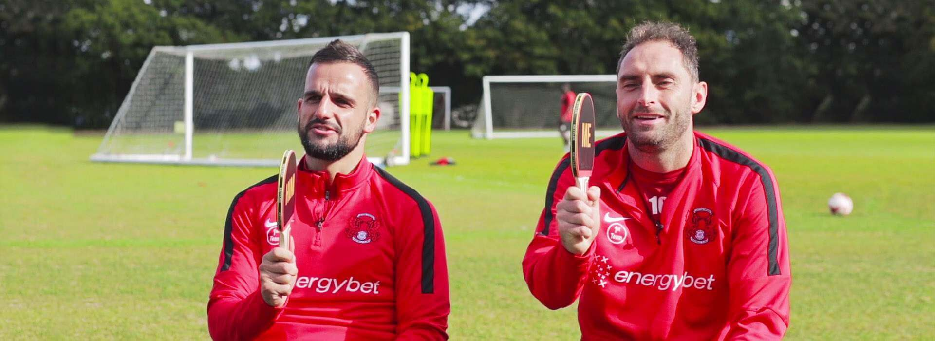 Watch our 'Me vs Him' quiz with Robbie Weir & Nicky Hunt! [video]