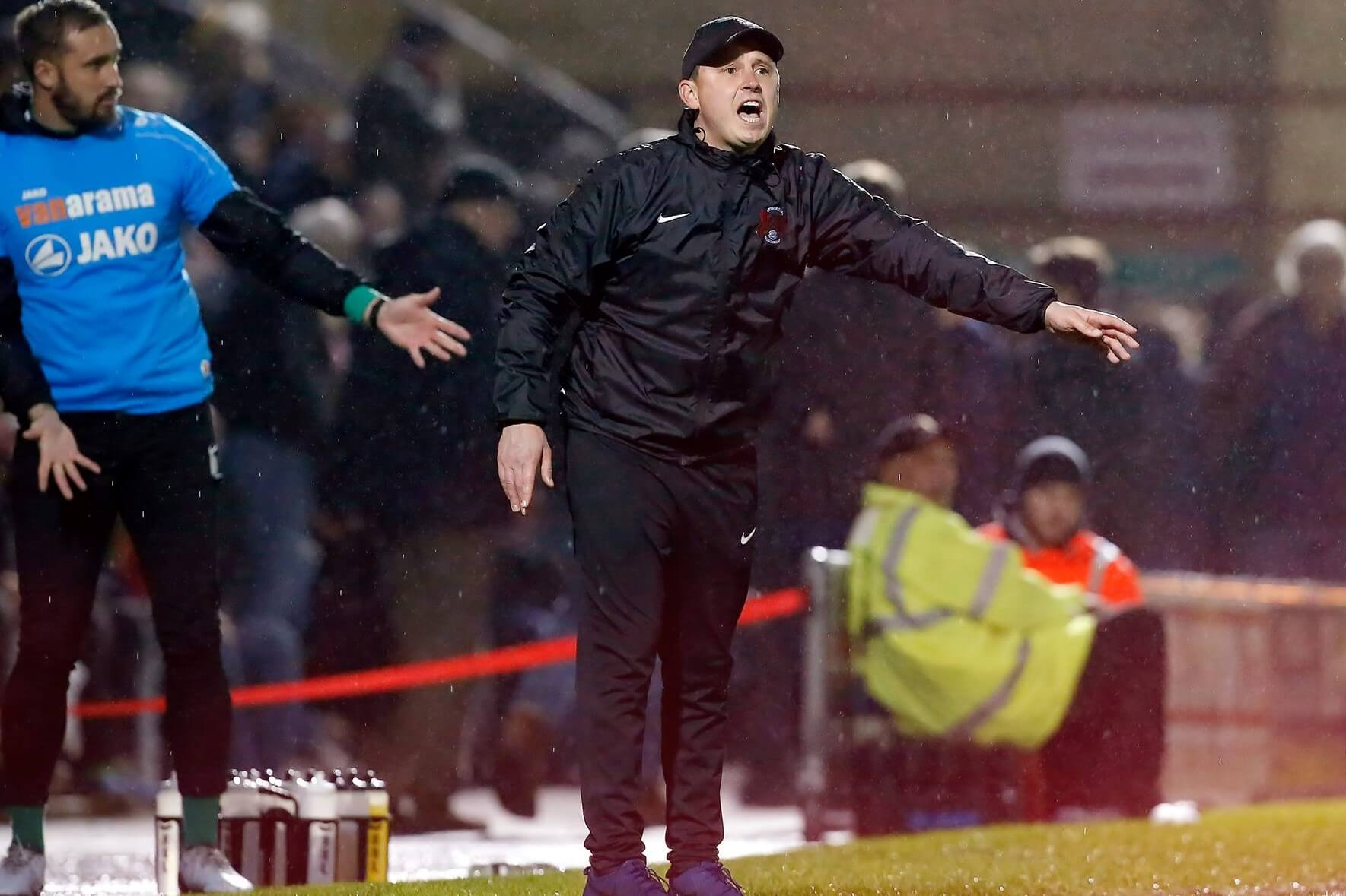 Orient Salvage A Point With 10 Men Only